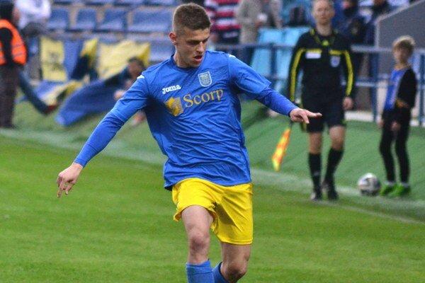 Zdramatizoval zápas. Milan Šimčák skóroval po nádhernej strele.