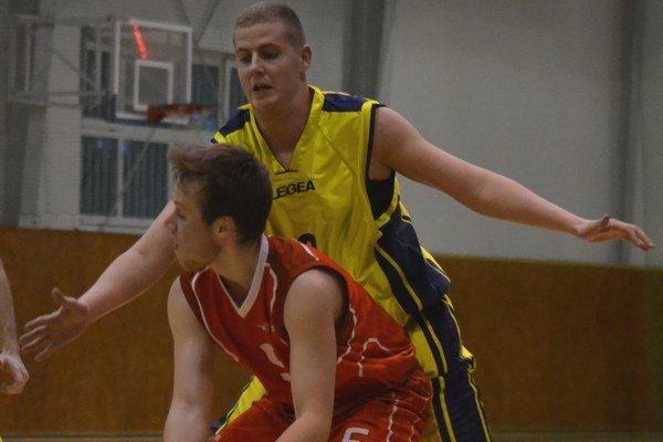 Na domácom ihrisku nezaváhali. Michalovskí basketbalisti si poľahky poradili sLevočou.
