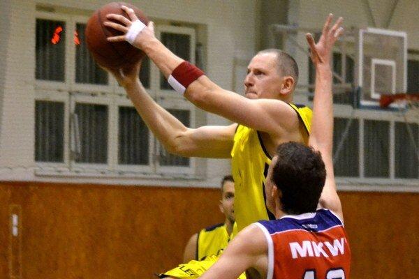 V Prešove nezaváhali. Michalovskí basketbalisti vŠariši vyhrali o11 bodov.