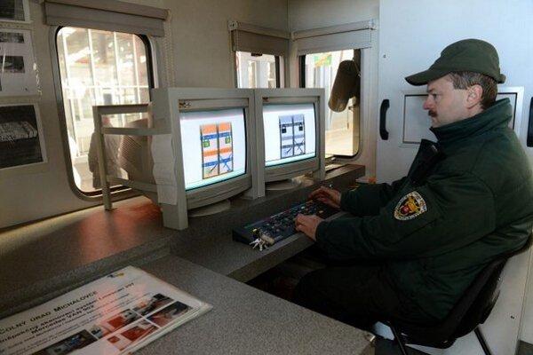 Mobilný skener na meranie radiácie vo Vyšnom Nemeckom.