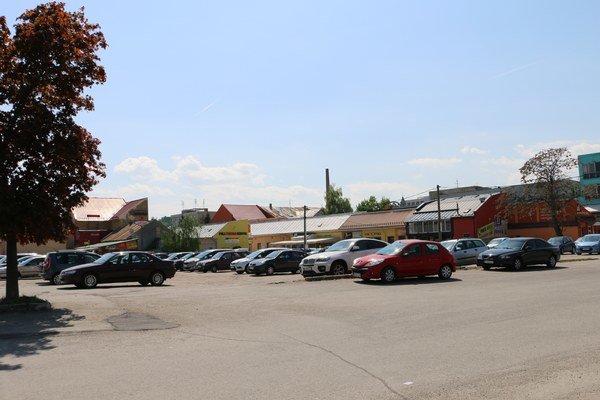Bezplatné parkovanie vmeste skončí. Samospráva vstupuje do akciovej spoločnosti.