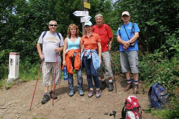 Bukovské vrchy. Michalovskí turisti vystúpili na Ďurkovec aj Riabu skalu.