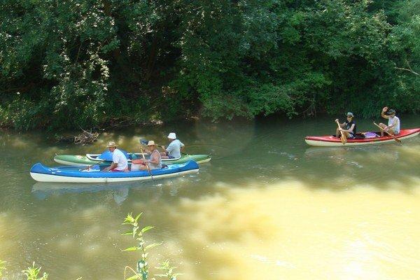 Vodáci. Počas 19 rokov opakovane splavili Laborec, Ondavu, Topľu, Latoricu, Bodrog, Uh a ďalšie rieky.