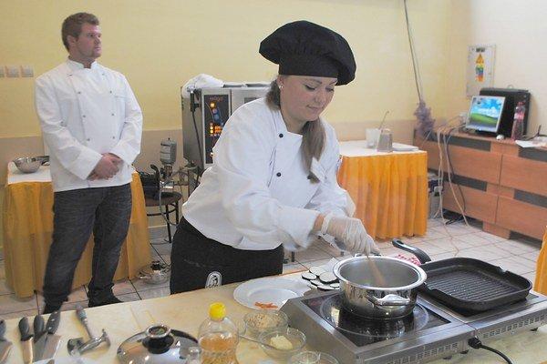 Kuchár Zemplína 2014. Súťažili profesionálni kuchári, ale aj talentovaní študenti.
