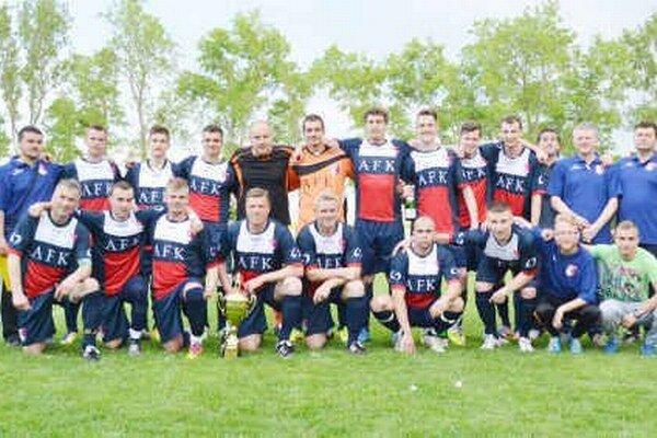 Podarilo sa im obhájiť pohárový triumf. Topoľančania si vo finále poradili s Hatalovom jednoznačne 4:0.