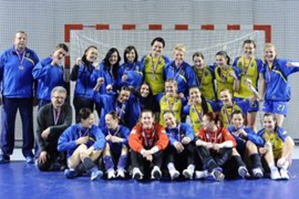 Strieborné družstvo po základnej časti WHIL. Hráčky Iuventy Michalovce, ktoré iba o dva body zaostali za víťazom súťaže Baníkom Most.