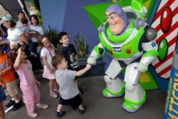 Medzi najúspešnejšie filmy sezóny patrí Toy Story 3, ktorý ako druhý animovaný film prekonal tržby 400 miliónov dolárov.