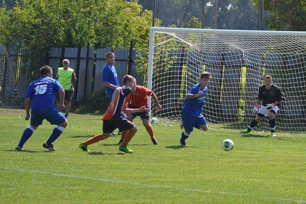 V Topoľanoch gól nepadol. V súboji medzi Michalovcami B a Barcou sa zrodila remíza.