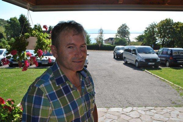 Michal Tvrdý sľubuje program nabitý skvelou zábavou.