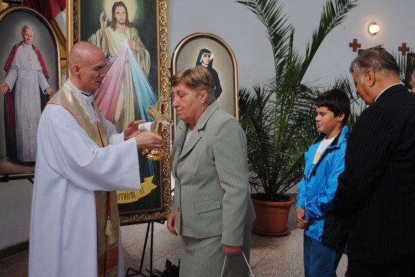 Relikvia Jána Pavla II. Slávnostne ju umiestnili v kostole Najsvätejšieho srdca Ježišovho v Michalovciach. Kvapku krvi bývalého pápeža daroval otcom pallotínom krakovský kardinál Stanislav Dziwisz.