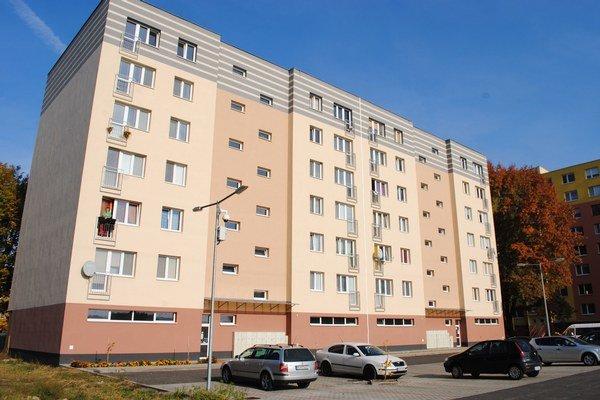 Polyfunkčný dom, v ktorom mesto Michalovce kúpilo 60 bytov.