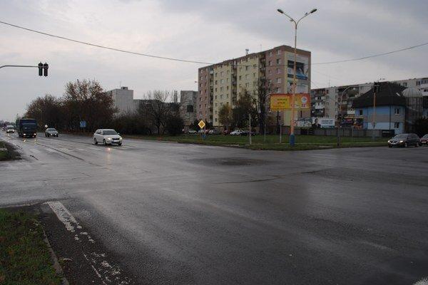 Križovatku nahradí kruhový objazd s tromi jazdnými pruhmi.