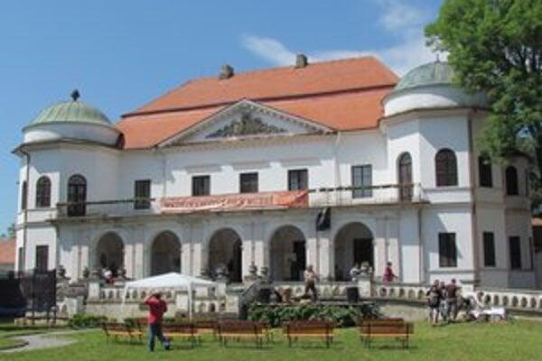 Michalovský kaštieľ. Dnešné sídlo Zemplínskeho múzea bolo miestom návštevy cisára.
