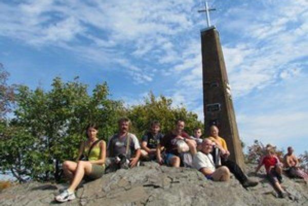 Výstup na Vihorlat. Na vrchol prišlo až 400 ľudí.
