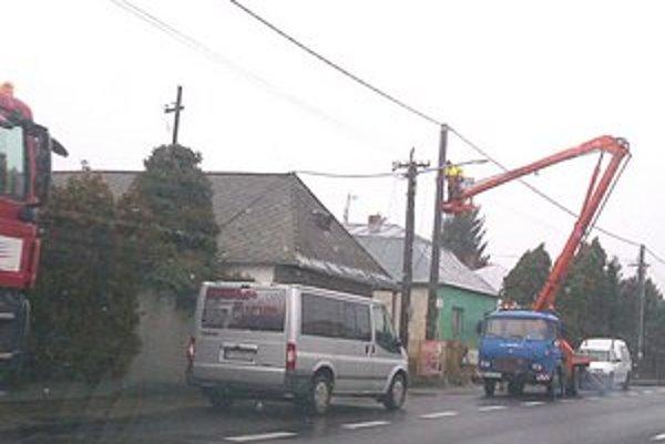 Odstávka elektriny. Všetky práce by mala VSD dokončiť do januára 2013.