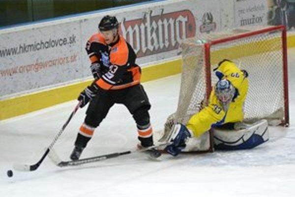 V derby dominovala Dukla. Pred brankárom Gašparovičom to neraz horelo.