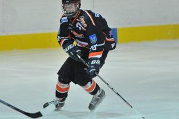 Mladý hokejista sa za neuvážený čin ospravedlnil.