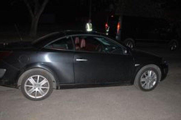 Chodec po zrážke s autom zomrel na mieste.