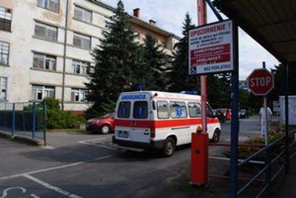 Nemocnica v Michalovciach napokon nebude rušiť oddelenia v avizovanom rozsahu.
