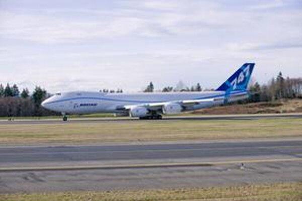 Boeing 747-8 v cargo verzii