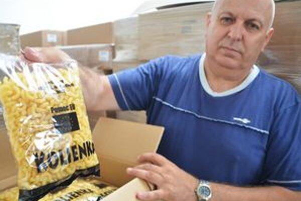 Potravinová pomoc. V Michalovciach rozdali 120 ton múky a cestovín.