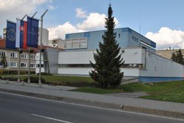 Drahý špás. Pozemok a budova stáli viac ako 2 milióny eur.