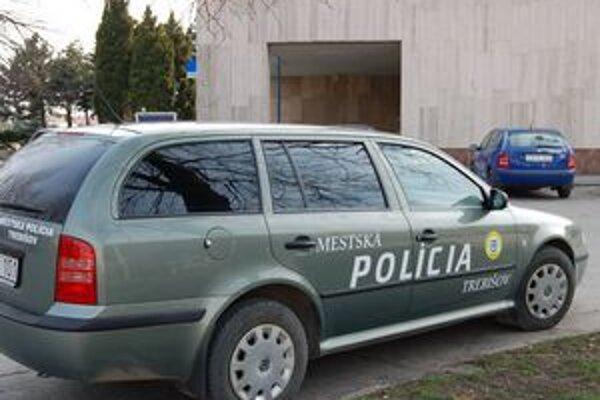 Konečne aj 159. Na trebišovskú mestskú políciu sa dá konečne dovolať aj cez skrátenú pohotovostnú linku 159.
