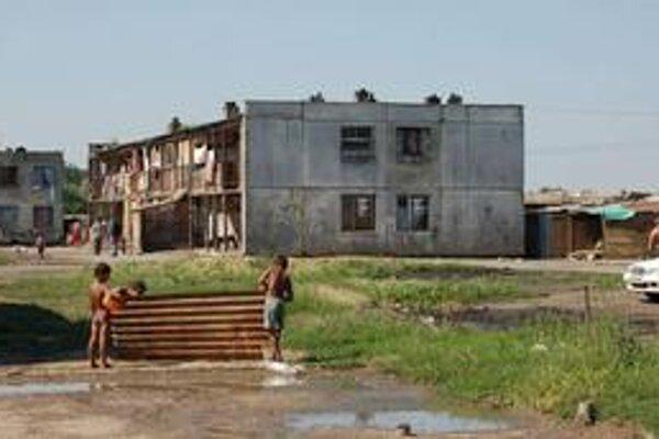 Angi mlyn. Sťahovanie košických Rómov do michalovskej osady je nezmysel.