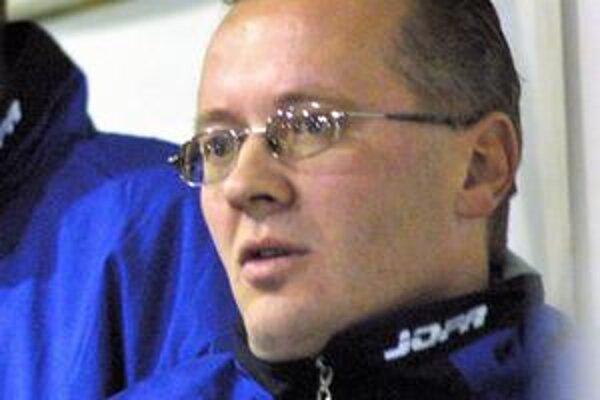 Trénerovi B. Kohutiarovi ostalo z lanského kádra iba päť hráčov.