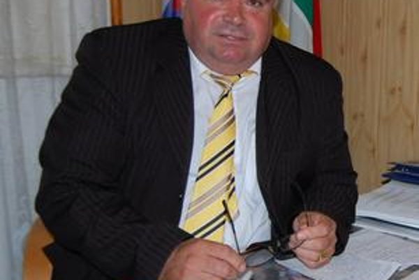 Starosta Miroslav Bak naďalej zostáva starostom Laškoviec.