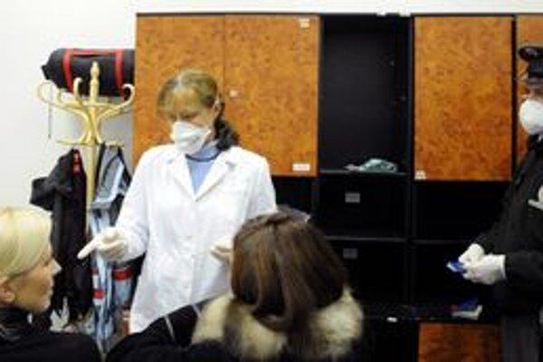Vyšetrovanie vytypovaných pacientov na hraničných priechodoch bolo pre Slovensko úplne novým fenoménom.