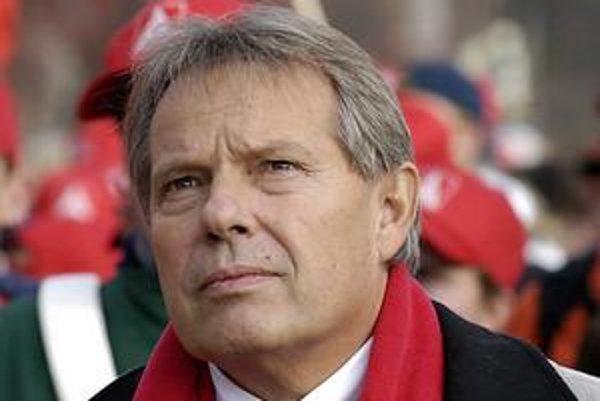 Klaus Volkert to z kováča dotiahol až na šéfa koncernovej závodnejrady a člena dozornej rady Volkswagenu. Najbližšie roky všakstrávi vo väzení.