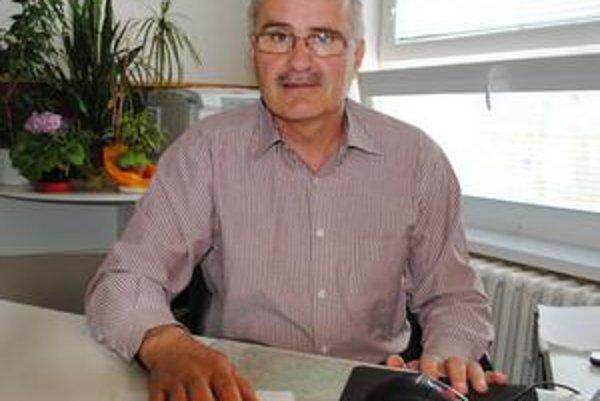 Prednosta OÚŽP Michalovce. Marián Zolovčík vysvetlil, že úradníci skontrolujú Laborec od Medzilaboriec až po Šíravu.