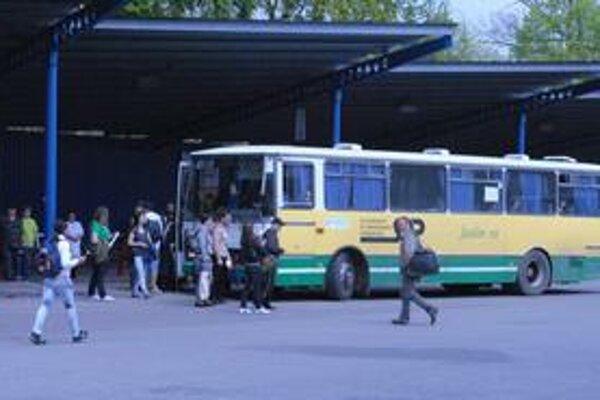 Mestská doprava. Využíva ju menej Michalovčanov. Stratu za 306-tisíc eur uhradí dopravcovi mesto.