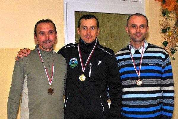 Muži do 49 rokov. Aj s absolútnym víťazom Ukrajincom Malyim.