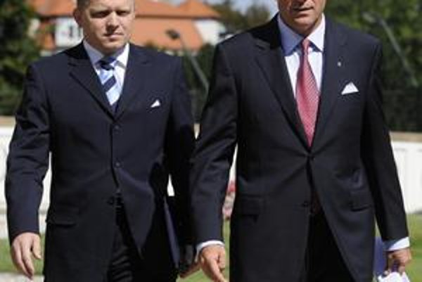 Bývalý český premiér Mirek Topolánek dohodu o novej atómke spečatil na Slovensku.