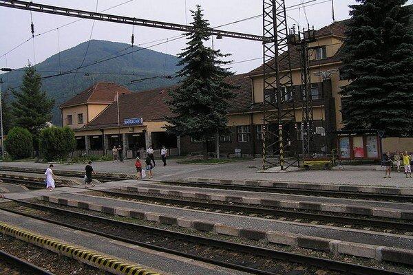 Stanica Margecany je od deviatej zablokovaná.