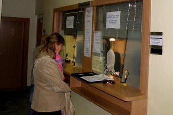 Pokladňa na Mestskom úrade v Prievidzi.