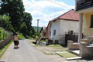 Harakovce. V malebnej dedinke žijú prevažne seniori.