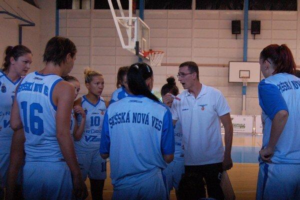 Druhé pokračovanie extraligy žien. Po úspešnej premiére sa na Spiši bude hrať ďalší ročník najvyššej ženskej basketbalovej súťaže.