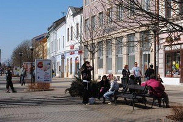 Zdrojom inšpirácie pre autora bolo mesto Spišská Nová Ves.