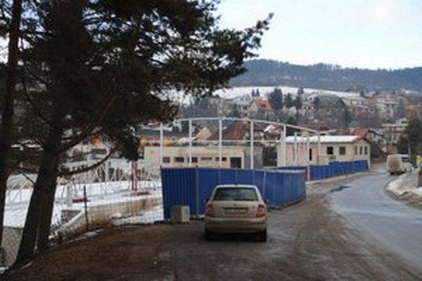 Torzo zimného štadióna v Levoči.