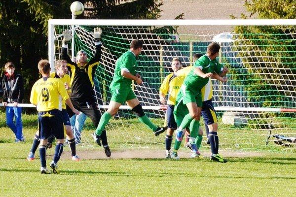 Jamníčanom sa vôbec nedarí. Predposledný Jamník hral v Richnave kvalitný futbal, mal veľké šance na víťazstvo, ale tri body ostali doma.