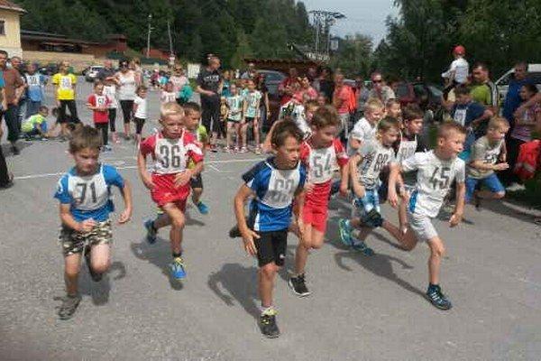Deviaty ročník. Tradičné bežecké podujatie odštartovali deti.