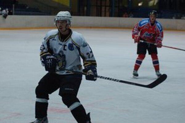 Veľký kapitán. Ľubomírovi Vaicovi stačilo päť mesiacov, aby opäť ukázal Spišiakom svoje veľké hokejové kvality.