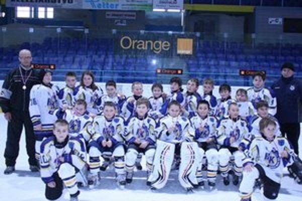 Prípravka bronzová. Na turnaji Orange Cup obsadili mladí Novovešťania tretie miesto.