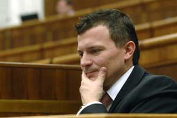 Firma, ktorú spoluvlastní minister financií Ján Počiatek, rozbieha podnikanie v Liptove.