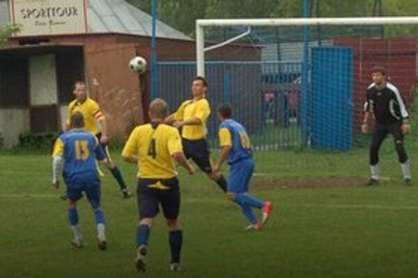 V Tepličke zasa päť gólov. Ako ináč – Teplička doma zvíťazila opäť v pomere 3:2.