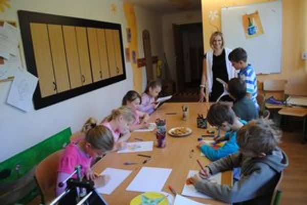 Hrhovskí školáci. Aj oni maľujú svoje mandaly a  ako všetky deti na svete majú tajné sny.