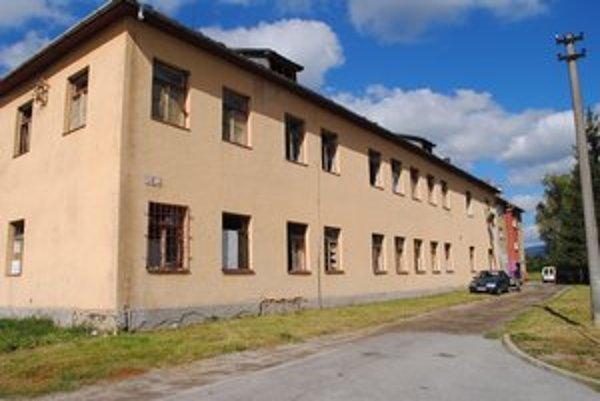 Kultúrny dom. Aj túto budovu založilo mesto v prospech ministerstva hospodárstva.